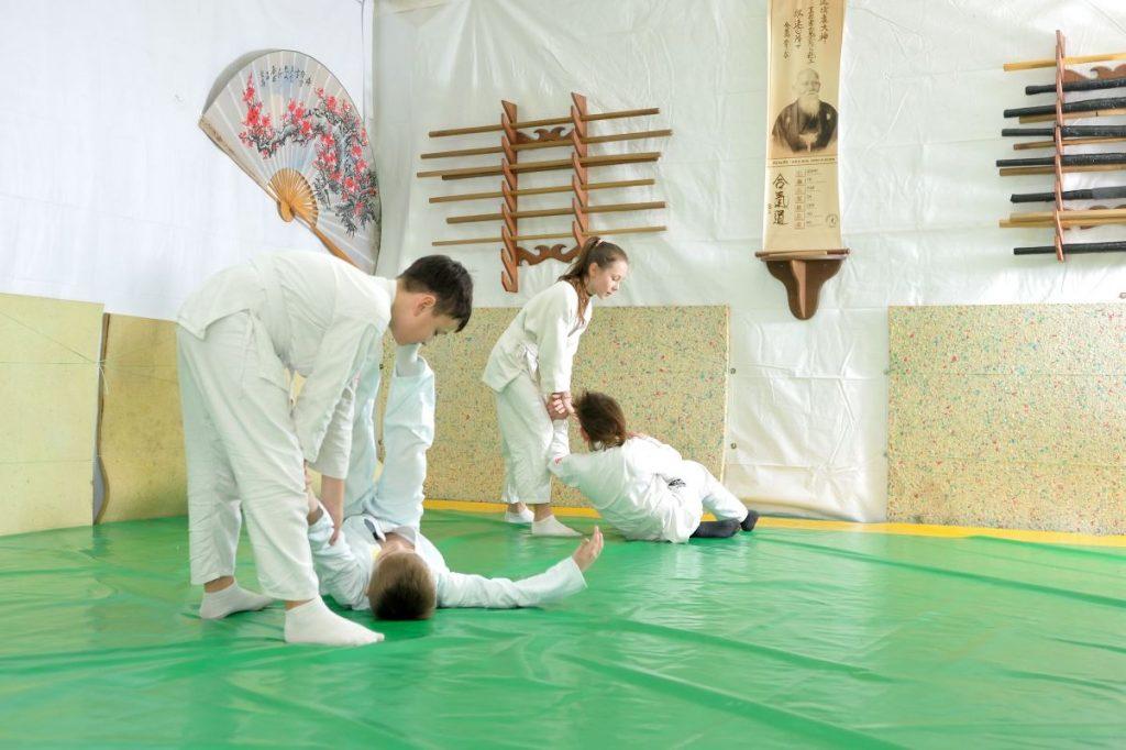 Айкидо в херсоне, занятия айкидо в центре Херсона, фехтование херсон, айкидо херсон