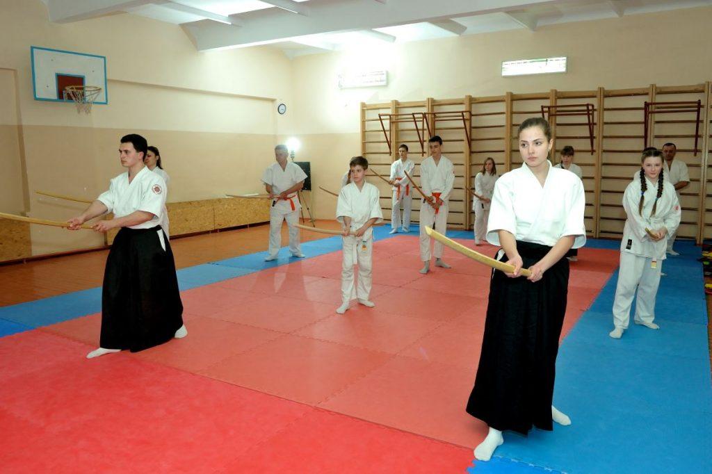 айкидо для детей херсон, айкидо в херсоне, херсон секции айкидо, занятия с бокеном в херсоне, айкидо на шуменском